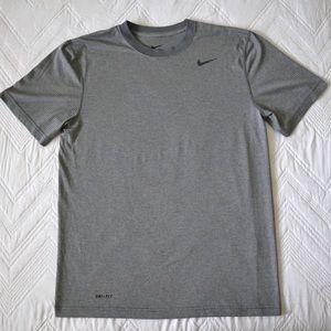 NIKE Men's Dry-Fit short sleeve shirt